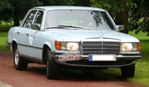 mercedes-benz_450_se_light_blue_vr