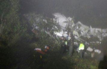 シャペコエンセ選手を乗せた飛行機事故の生存者の名前リストや原因