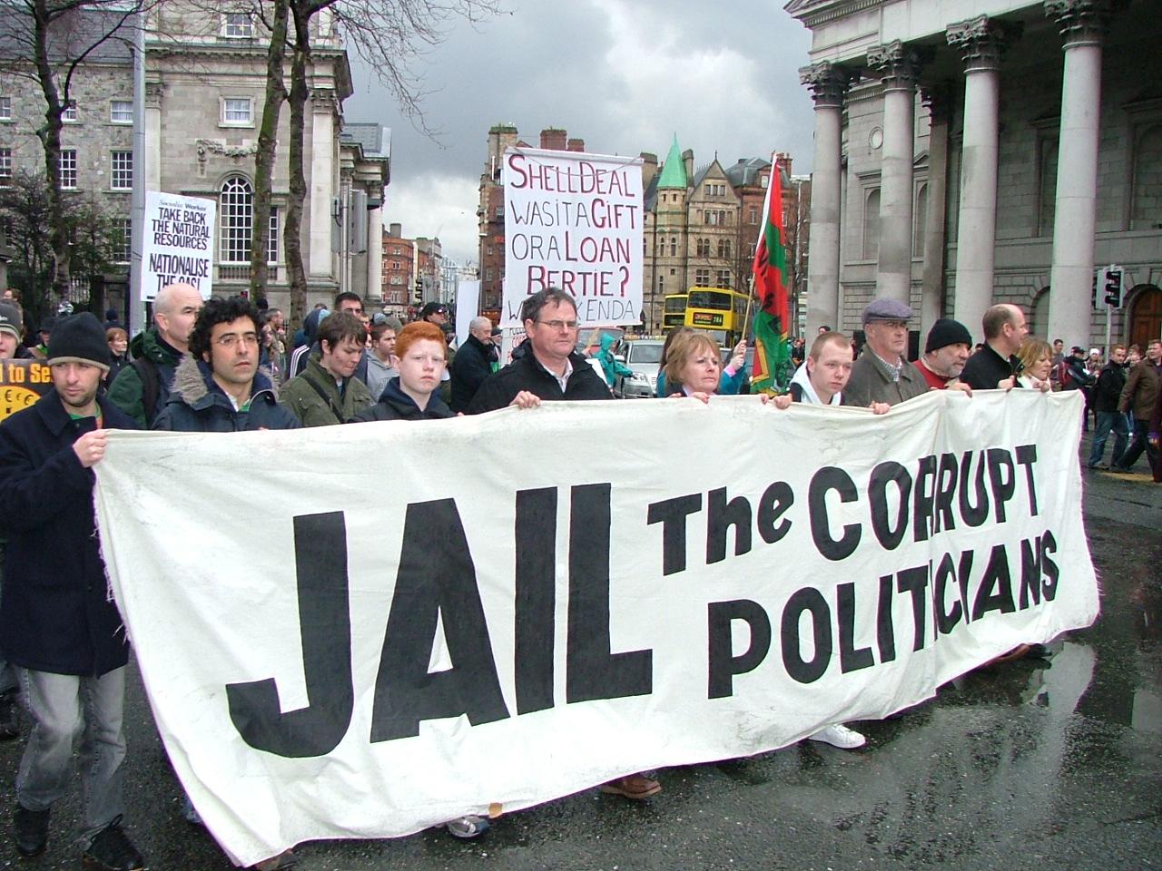 corrupt-politicians-protest
