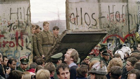 Berlin Wall Nov 1989