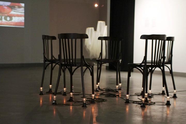 Arthur Sargsyan, Chairs, 1996 // Фото предоставлено ГЦСИ