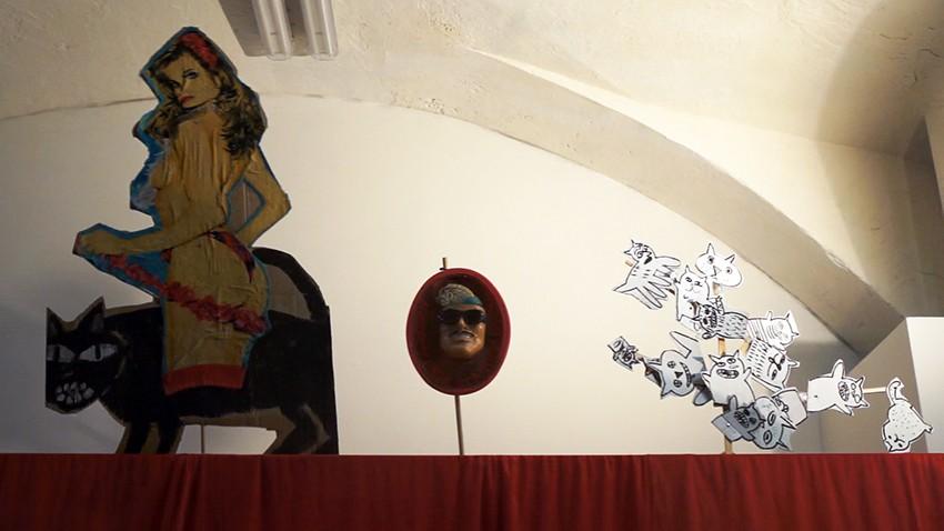 Спектакль Вики Бегальской и Александра Вилкина «Пояс Афродиты» в галерее «Люда»