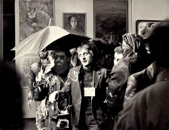 """Группа """"3-ий этаж"""", """"Приветствия союзу художников из преисподней"""", перформанс, 1988"""