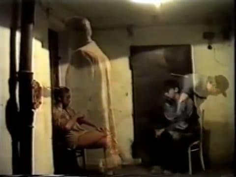 Виктор Назаров, Пётр Дзогаба. Роза – страшная женщина. Кадр из видео, 15'12''. 1993
