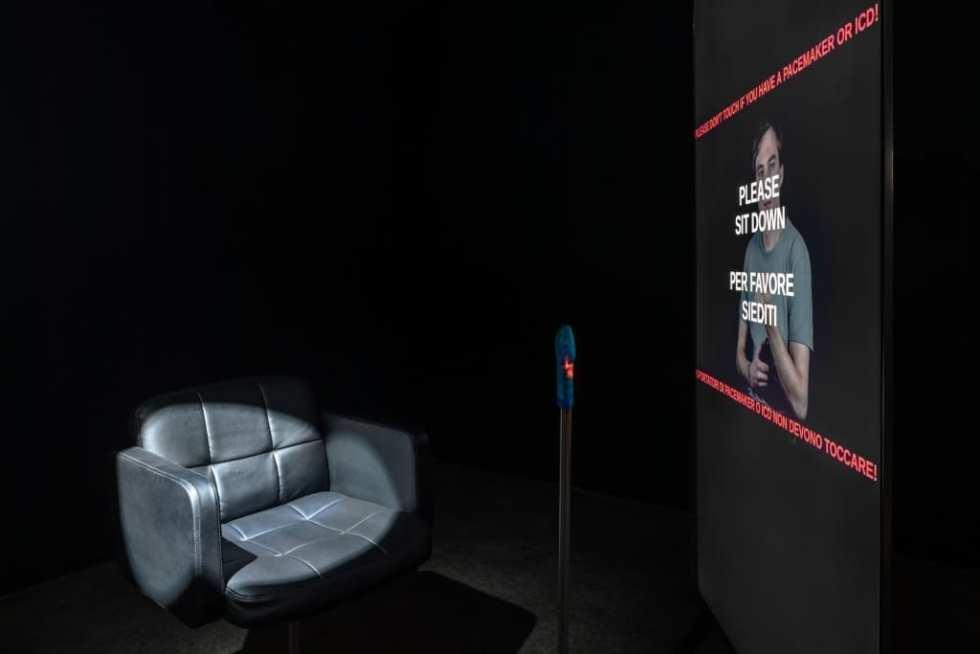 Call to action. Валентин Фетисов. Врамках выставки «Время, вперед!» 2019. V–A–C Zattere. // Фото: Delfino Sisto Legnani e Marco Cappelletti