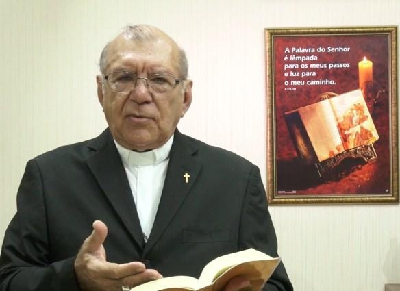 dom-jacinto-a-biblia-2
