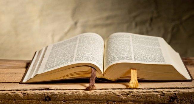 biblia-652x352