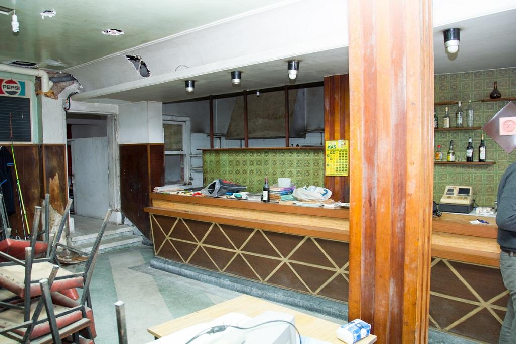 Acondicionamiento de bar para caf pizzer a en el porto de moa a estudio de arquitectura e - Arquitectos vigo ...