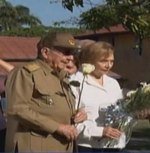 raul castro asiste a funeral de su hermana