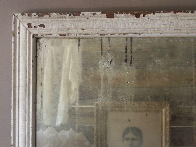 Anticare uno specchio in stile shabby la tecnica for Specchio rotondo antico