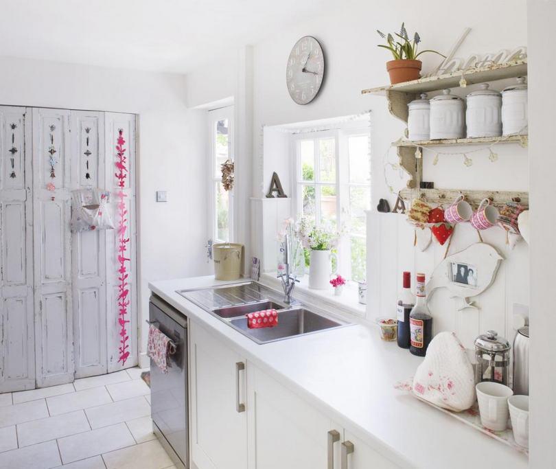 cucina total white shabby elegante - Arredamento Shabby