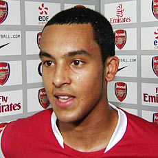 How will Theo Walcott be used by Wenger?