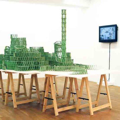 Джереми Лаффон скульптура из жвачек-1