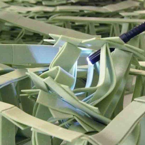 Джереми Лаффон скульптура из жвачек-5