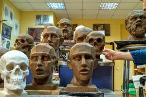 Быховская 35 скульптура (4)