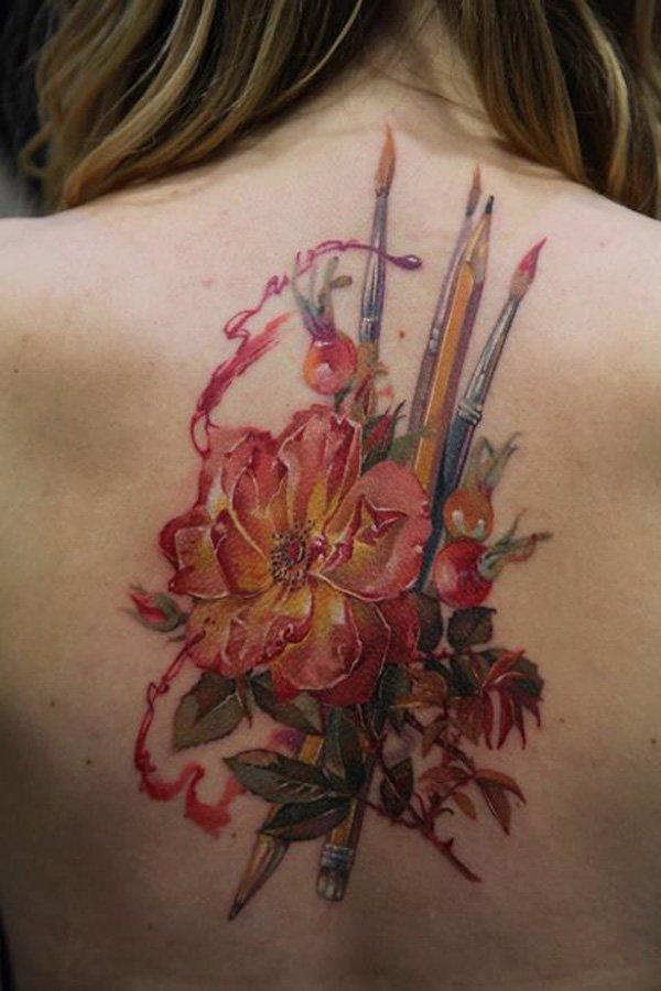 tatuaje mujer espalda