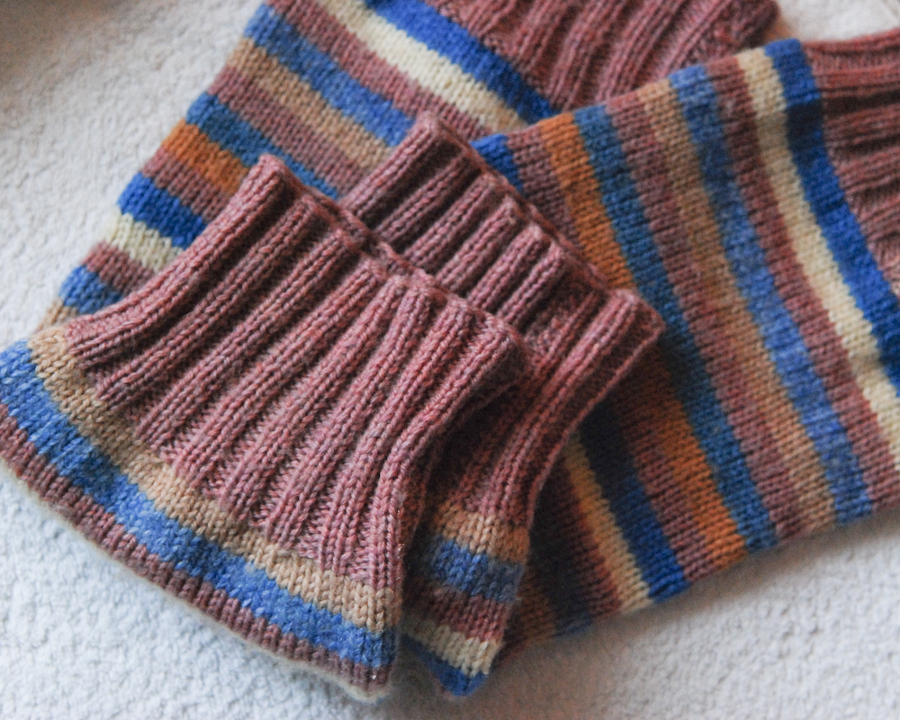 Kingsbridge Legwarmers (2/5)