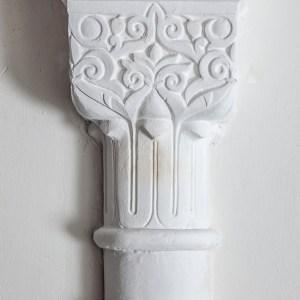 Columna de escayola