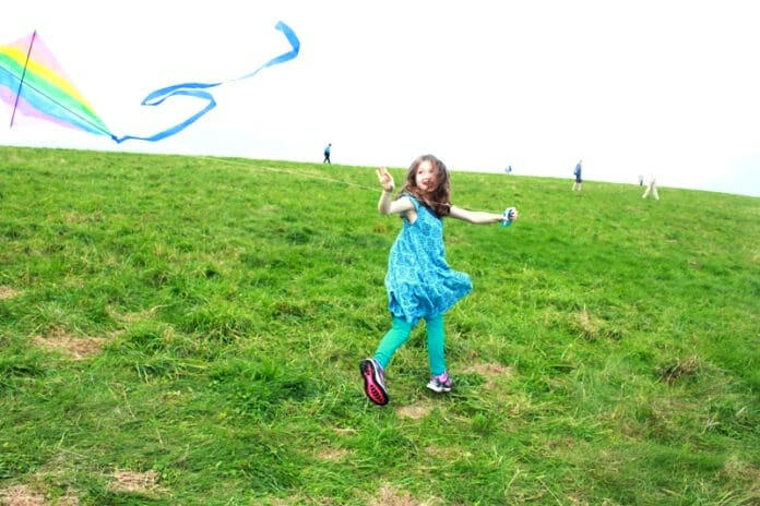 Flying Kites and using a Decorate Your Own Kite Kit