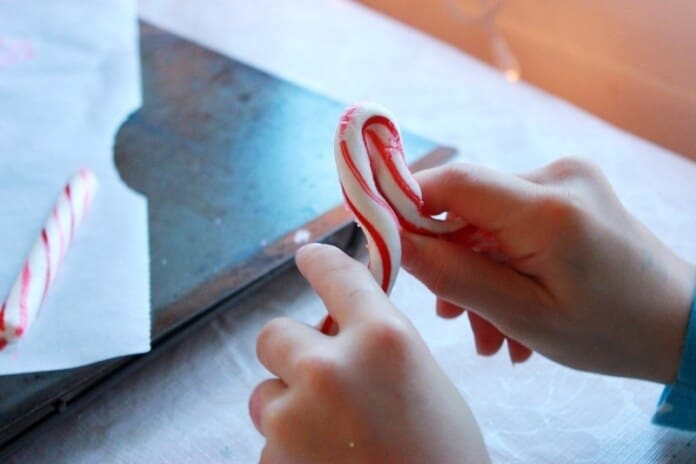 Bending Candy Canes 08