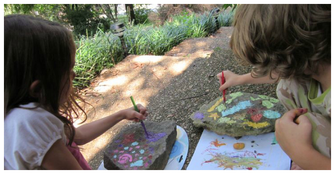 Kids Art with Rocks - Large Rocks as Canvas
