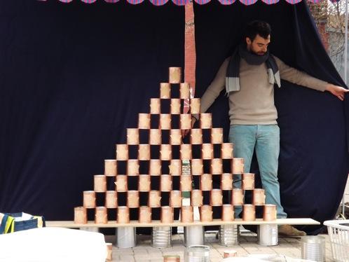 complot_La pyramide de canes