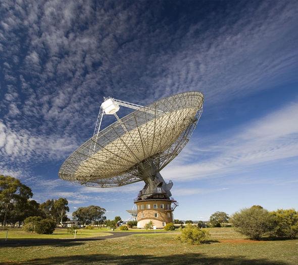 parkes-telescope-signal-400248 [35046]
