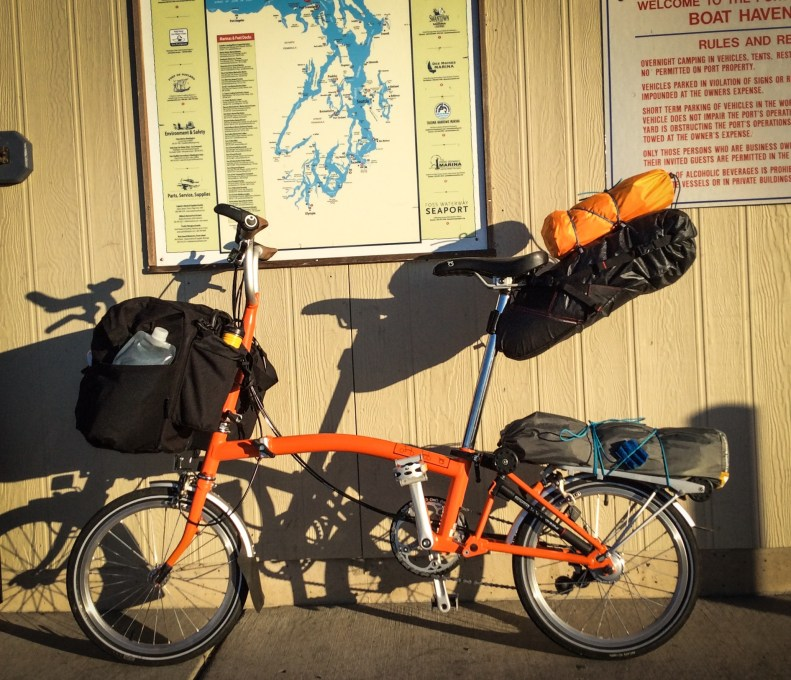 Bicycle touring on a brompton