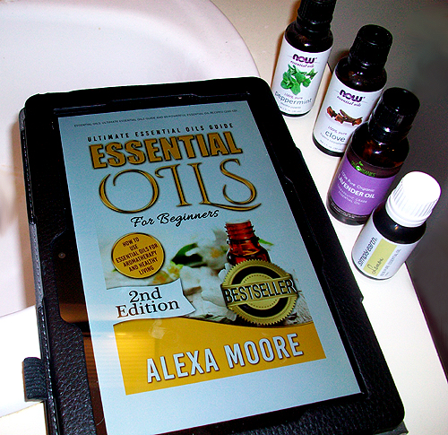 Essential Oils for Beginners by Alexa Moore