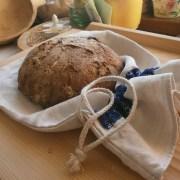 plánené vrecko na chlieb s modrotlačou
