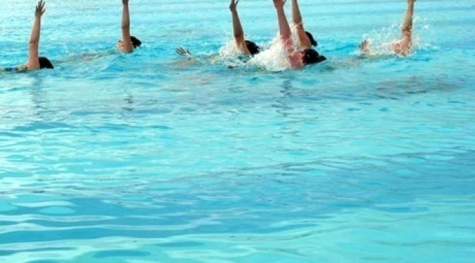 Plymouth College of Art students capture Exeter team of synchronised swimmers