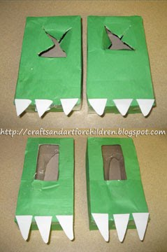 Dinosaur-feet-stomping-craft