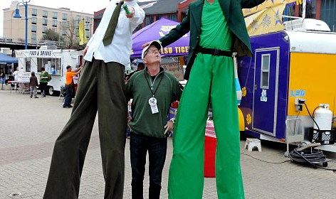 Patty in the Plaza Stilt walkers