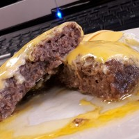 Quick n Dirty Keto Desk Cheeseburger