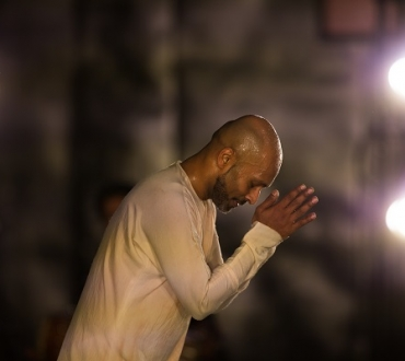 'Xenos' – Akram Khan's final full length dance solo premieres in UK and enjoys short run at Sadler's Wells…