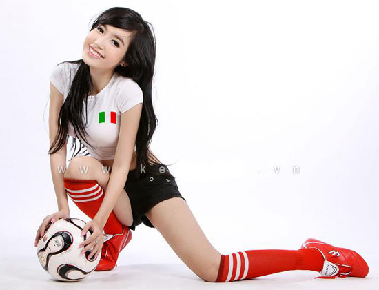 Elly Tran Ha, World Cup 2010 vietnamese vietnam sexy cute idol model girl Elly Tran Ha, World Cup 2010 vietnamese vietnam sexy cute idol model girl 7