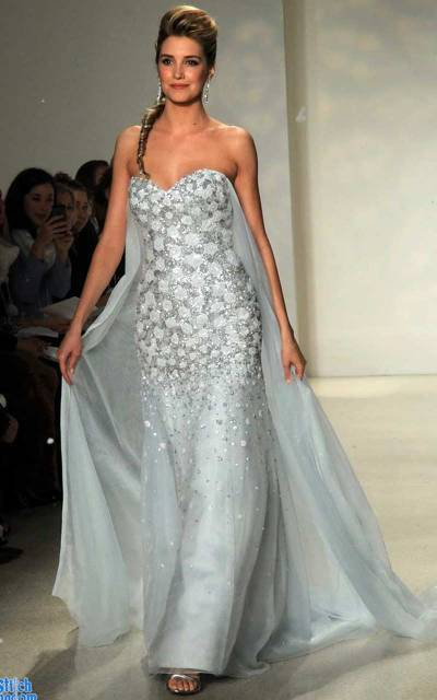 19 Silver Colored Wedding Dresses That Left Us Breathless ...