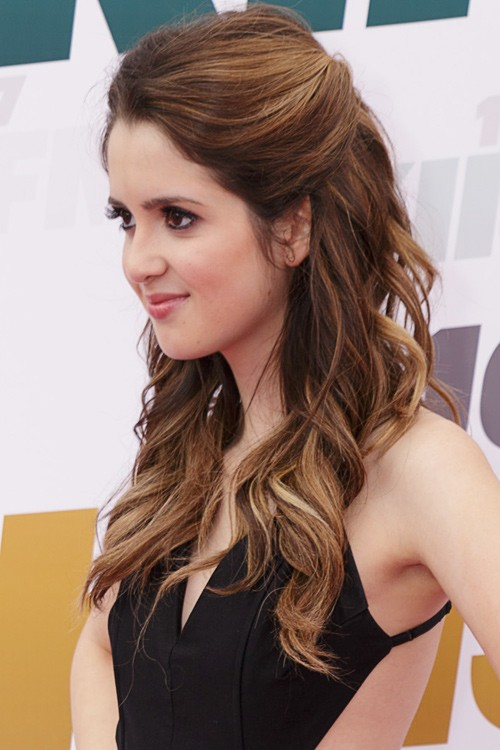 20 Gorgeous Side Hairstyles For Prom Night