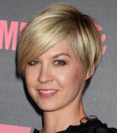 20 Ravishing Short Haircuts for Fine Hair
