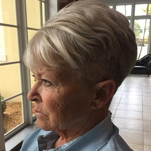 15 Best Hairstyles for Women Over 70