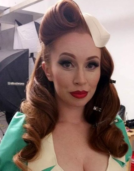 15 Classy Pin Up Hairstyles