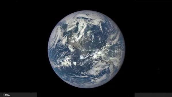 الصورة الكاملة لكوكب الأرض التي نشرتها وكالة ناسا مؤخرا وقالت إنها أول صورة كاملة يتم التقاطها منذ عام 1972