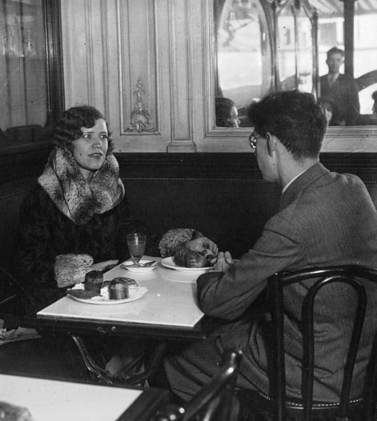 Maria Rasputin (1898-1977) being interviewed by a journalist from the Spanish magazine Estampa in 1930.
