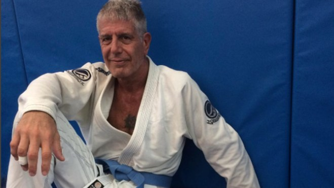 http://i2.wp.com/assets.fightland.com/content-images/article/anthony-bourdain-gets-his-blue-belt/bourdain-333_vice_670.jpg?resize=659%2C371