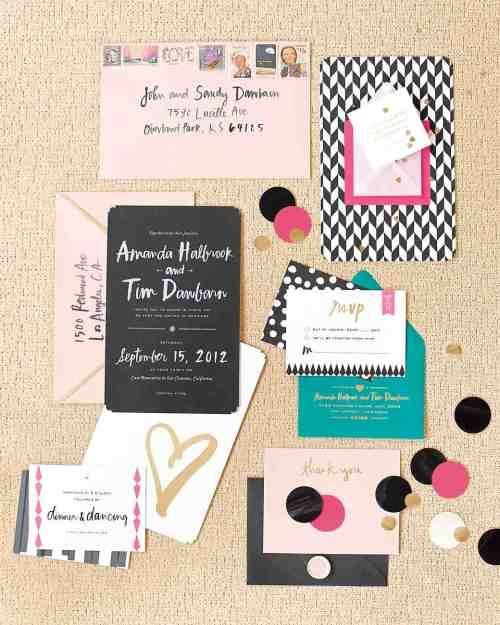 Stupendous Holiday Weekend When To Send Out Wedding Invites Be Wedding Invitation Etiquette Tips Martha Stewart When To Send Out Wedding Invitations Save Dates