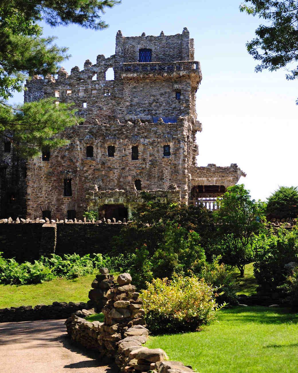 18 Fairy-Tale Castle Wedding Venues in America   Martha ...