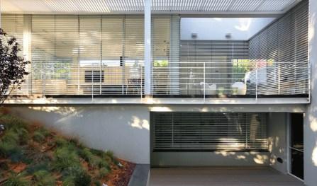 House 1 by Pitsou Kedem, Ramat Hasharon, Israel | Yellowtrace.