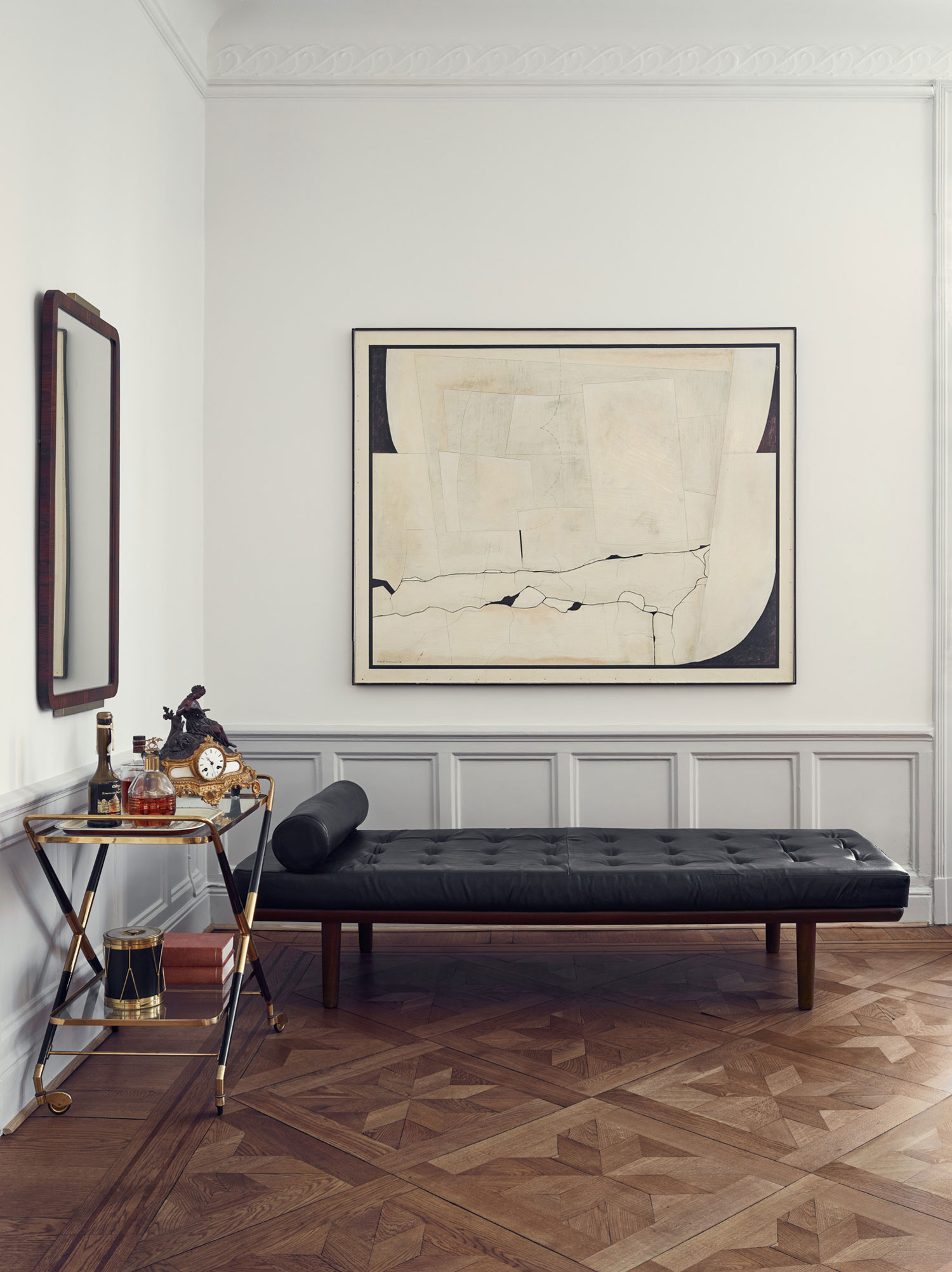 Joanna Laven S Stunning Stockholm Apartment Yellowtrace