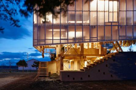 Nest We Grow by College of Environmental Design UC Berkeley + Kengo Kuma & Associates | Yellowtrace