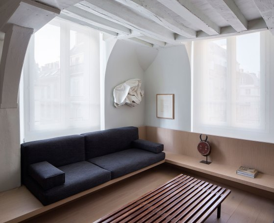 Apartment in Paris by Francesc Rife Studio | Yellowtrace